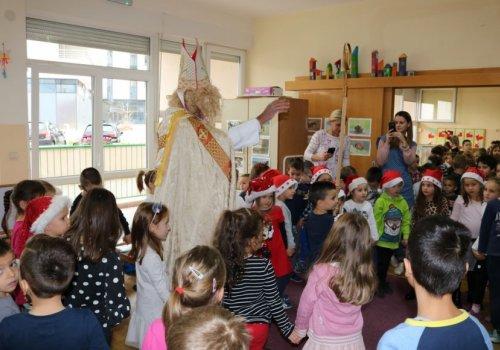 Sveti Nikola posjetio Dječji vrtić Župa dubrovačka